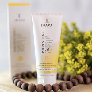image skincare daily tinted moisturizer sunscreen 30 spf